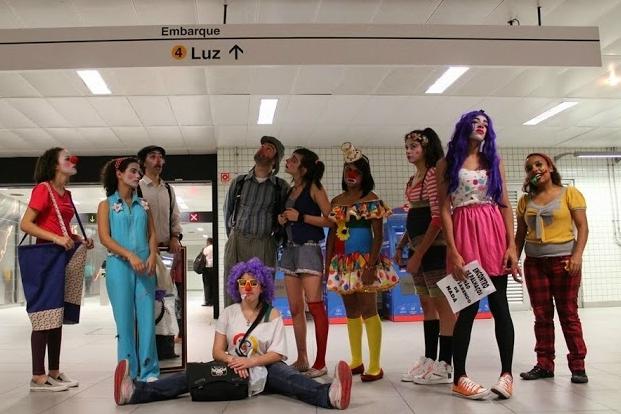 O Teatro Silva conta com 20 participantes, que tem idades entre 14 e 42 anos. Crédito: Letícia Demarÿ/Divulgação