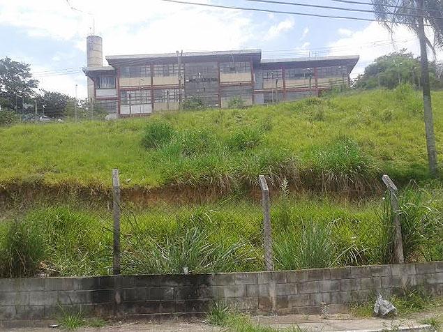 Terreno na rua Nilda Carvalho Cunha, na Jova Rural, cedido pela CDHU para construção do primeiro posto de saúde do bairro