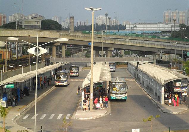Terminal no centro de Osasco, onde tarifa subiu de R$ 3,50 para R$ 3,80 (Paulo Talarico/Agência Mural)