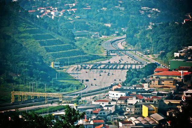 Região central de Mairiporã: a cidade é dividida por praças de pedágio