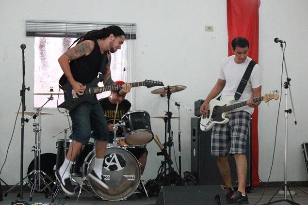 Alta Voltagem. Festival reuniu grupos de bairros do extremo leste (Foto: Vander Ramos/Blog Mural)