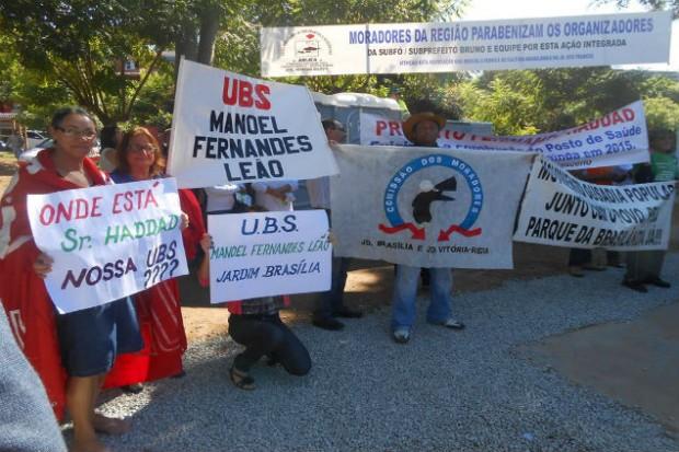 "Protesto de moradores no último sábado, 9, durante evento ""Prefeitura no Bairro (Créditos: Facebook S.O.S Jardim Brasília)"