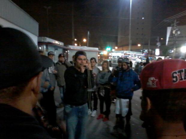 Refel se apresentou junto ao grupo Replay e foi o vencedor da batalha na última sexta (Foto: Paulo Talarico/Blog Mural)