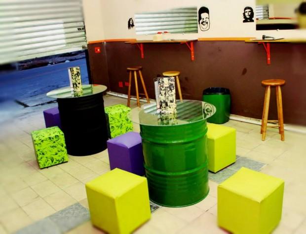 Ambiente da Papa Rock, montado com materiais reciclados