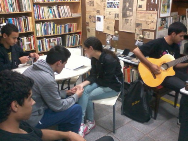 Biblioteca Becei foi fundada em 1995 pelo pernambucano Alexandre Cabral (Foto: Divulgação)