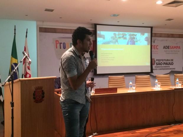 Anderson Meneses em evento na Prefeitura de São Paulo