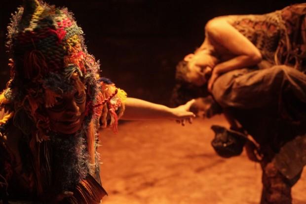 Peça vai até novembro no Teatro (Foto: André Ricardo/Divulgação)