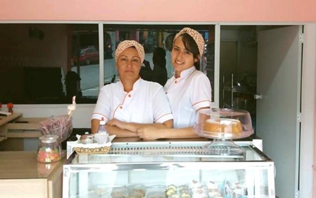 Mãe e filha inauguram confeitaria após sucesso de receita caseira. Foto: Arquivo pessoal