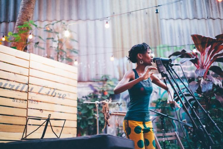 A cantora moçambicana Lenna Bahule (DIvulgação)