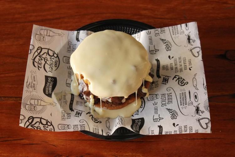 Ice Cream Burger une cookies e sorvete (foto: Divulgação)