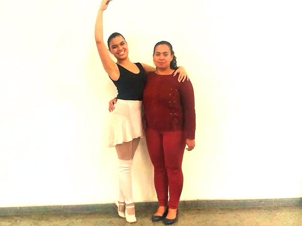 962124a12d Alunas de ballet clássico no Jaçanã buscam recursos para festival ...